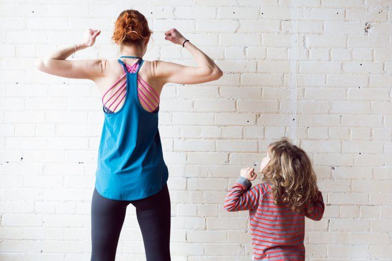 Maman qui fait de l'exercice